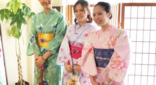 Fukuoka Kimono Dress Up experience from Taiwan